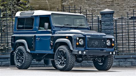 2013 Land Rover Defender 90 - Chelsea Wide Track By Kahn