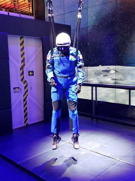 Samsung 4D Gear VR Moon of All Mankind | G Style Magazine