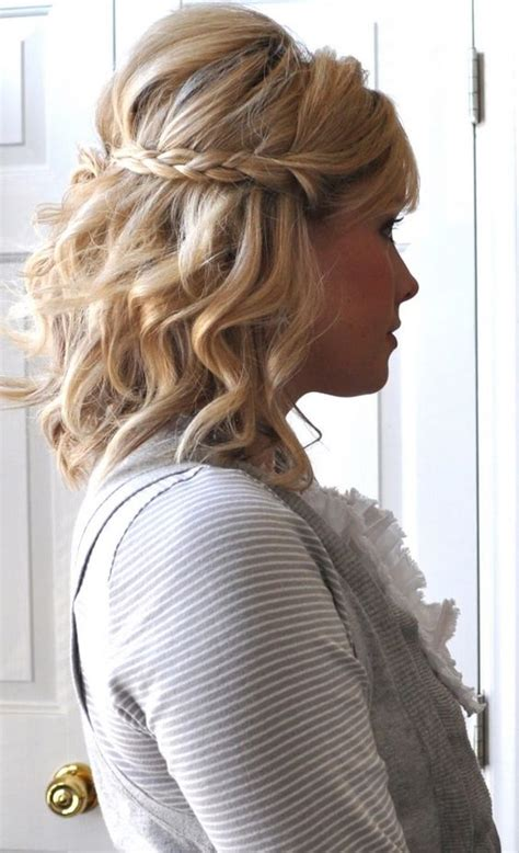 35 Beautiful Short Wavy Hairstyles for Women – The WoW Style