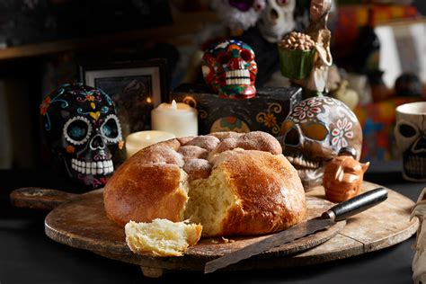 At Maroches Bakery, Sweet Bread For The Day of the Dead