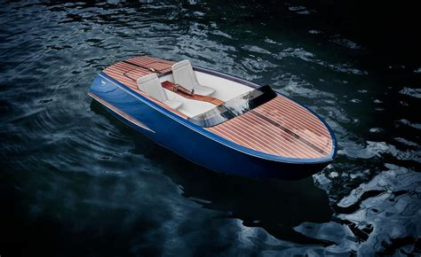 New luxury Beau Lake paddle boat is inspired by 1950s
