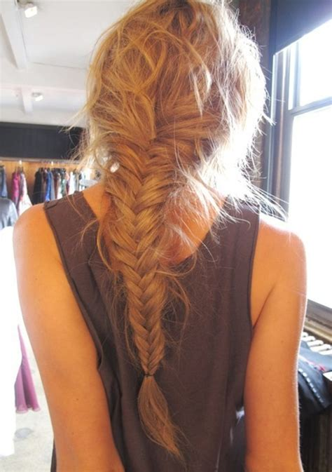 Loose, Long Fishtail Braided Hairstyle - PoPular Haircuts